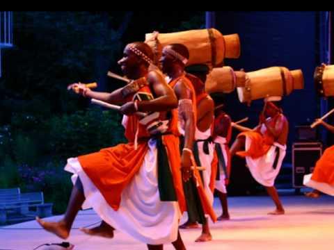 Remesha Drums (Tambourinaires du Burundi)