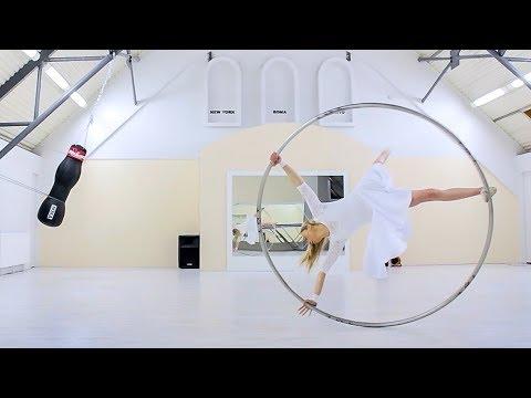 Cyr Wheel Anna Lewandowska