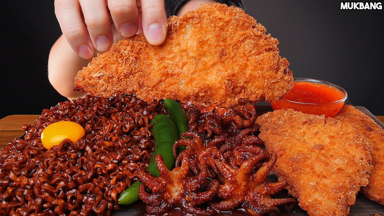 ASMR MUKBANG | SPICY OCTOPUS 🐙 BLACK BEAN NOODLE SEAFOOD FRIED DUMPLING EATING 진진짜라 쭈꾸미 볶음 생선카츠 먹방