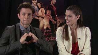 The Twilight Saga: Breaking Dawn - Part 1 - Ashley Greene and Jackson Rathbone