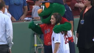 Aly Raisman throws first pitch to Big Papi