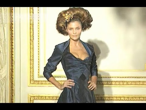 VIVIENNE WESTWOOD Spring Summer 1998 Paris - Fashion Channel