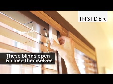 These blinds open and close themselves