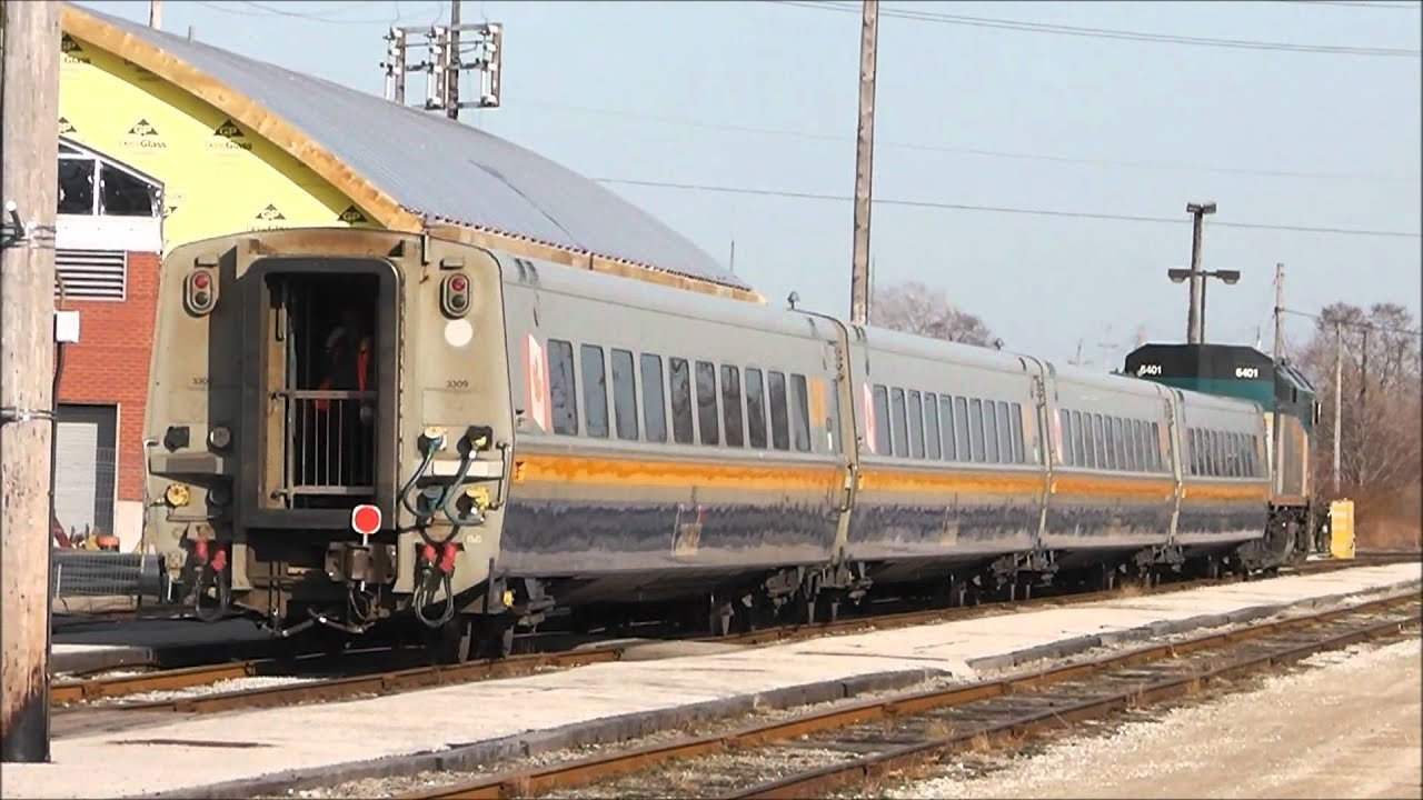 Via Rail Train 70 Reversing At Windsor Ontario 14 03 12