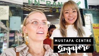 FOREIGNERS FIRST TIME IN MUSTAFA CENTRE! (W JADE/SEAH) *shooketh*