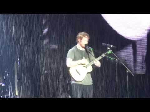 Ed Sheeran - Don't / Loyal / No Diggity / Nina - 28-11-15 Brisbane HD