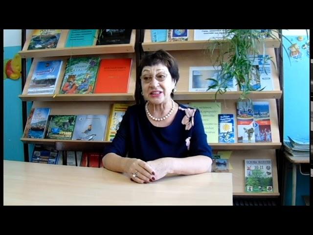 Изображение предпросмотра прочтения – ВалентинаКлюзова читает произведение «Тебе - через сто лет» М.И.Цветаевой
