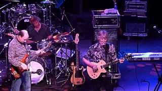 The fun 'n fab, legendary Lovin' Spoonful finish their show with tw...
