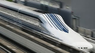 新型リニア新幹線L0系、時速500キロ披露=実験線42.8キロを約9分で走行 thumbnail