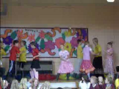 Dronfield Junior School Leavers Assembly 2008