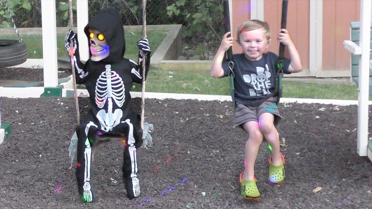 Lil Skelly Bones Spirit Halloween Animatronics