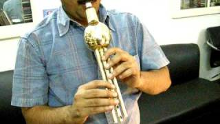 SAPERA BEEN IN BRASS METAL WIND MUSICAL INSTRUMENT  STALLONE INDIA ID CODE NO SOB11703 www stalloneoverseas com