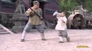 Джеки Чану дает уроки мальчик
