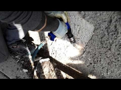 Campanile di Reno Centese - Saggio asportazione spritz beton consolidamento provvisorio 4 di 5