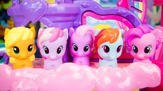 My Little Pony Toys Musical Celebration Castle Pinkie Pie Rainbow Dash Applejack