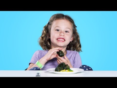 Kids Try Syrian Food | Kids Try | HiHo Kids