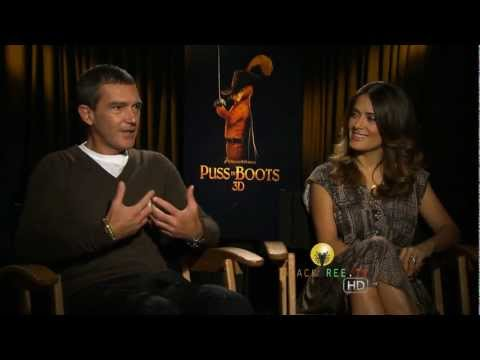 Puss In Boots |  Salma Hayek & Antonio Banderas talk about shaking their butts....