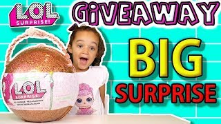 LOL BIG SURPRISE GIVEAWAY - LIMITED EDITION GOLD LOL BALL - WILL YOU BE THE WINNER?