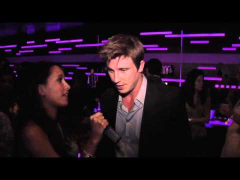 garrett-hedlund-talks-on-the-road-at-yha-cocktail-party--2011-young-hollywood-awards
