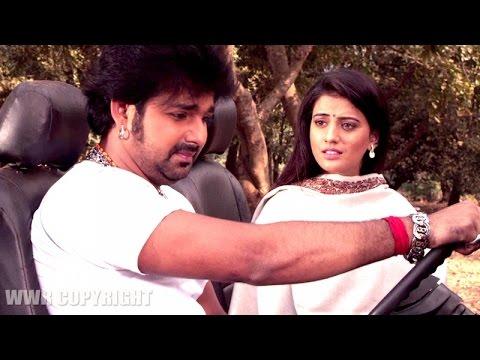 Pawan Singh & Akshara Singh - Romance...!!!!