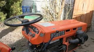 Traktorek ogrodniczy Kubota B7001. www.akant-ogrody.pl