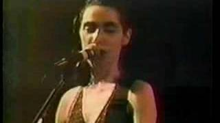 Pj Harvey - Yuri-G - live in Chicago (Metro)