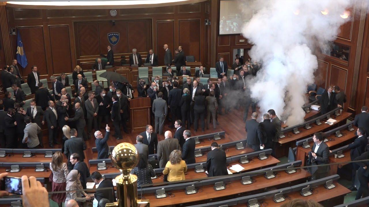 Lotsjellësi Ndërpren Prapë Seancën e Kuvendit