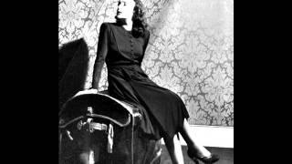 Edith Piaf - On danse sur ma chanson 1940