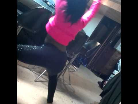 Hip rollin to freak like me by tink : )