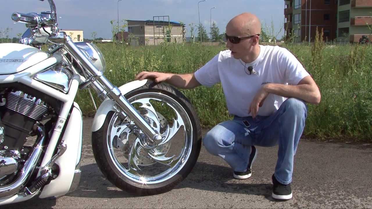 9de94c13362 Bike Motors - Valge V-Rod Fredylt - Motors24 TV - Uudised - motors24.ee