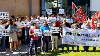 Trabajadores de Telecable protestan frente a la sede en el Parque Científico y Tecnológico de G