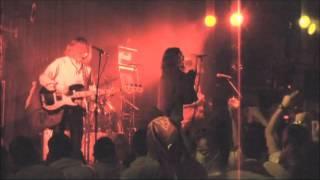 日本脳炎の名曲「勝手にしやがれ」のライブ映像です。CD収録バージョン...