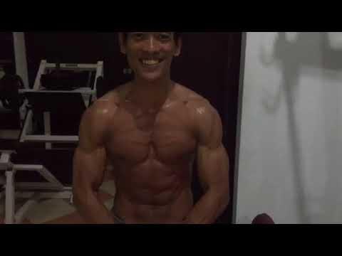 3 variasi latihan otot bahu dengan cara Push up / fitnes pemula / otan gj from YouTube · Duration:  3 minutes 46 seconds