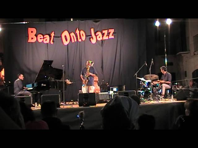 BENNY GOLSON Quartet - Take the