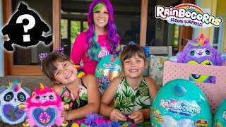 Kate and Lilly CREATE New Rainbocorns 2 with Princess Lollipop Magic!