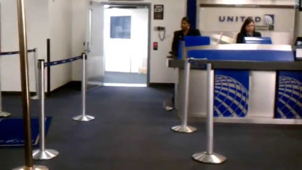 Crazy Guy Tries To Scan His Own Ticket Amp Rude Gate Agent