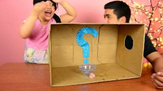 تحدي ايش في الصندوق جبتلها شئ مخيف ........... ?what's in the box challenge