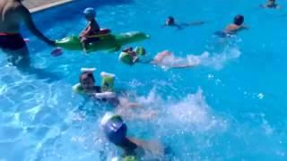 Кирилл, Люба и Настя совершили в ШишкInn-е заплыв в честь открытия Олимпиады в Рио!
