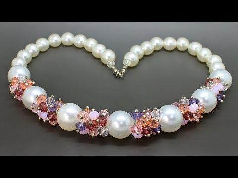 Красивое колье из акриловых и стеклянных бусин DIY Necklace from crystals beads