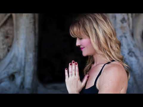 Deaf Yoga London Workshop March 2018 With Lisa Mills