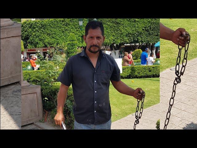 Se encadenó como protesta en Zitácuaro ¿Qué pedía?