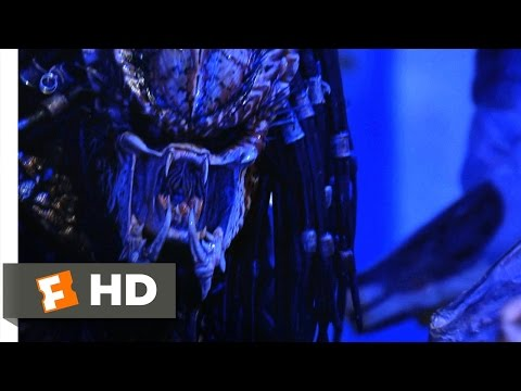 Predator 2 (3/5) Movie CLIP - A Cut Above (1990) HD