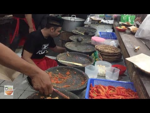 GILAA ABIS !!! 1000 POTONG AYAM PREKSU LUDES TERJUAL  | YOGYAKARTA STREET FOOD #BikinNgiler