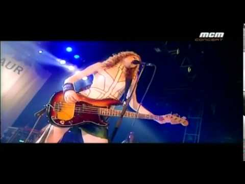 Melissa Auf Der Maur - Followed The Waves - 04 24 2004
