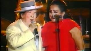 LOLA FLORES en homenaje a Juanito Valderrama 1994