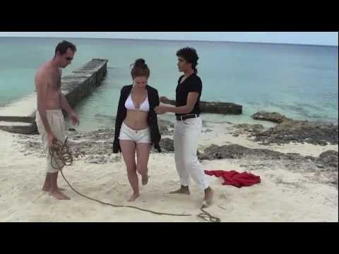 Magicians take off clothes in Cuba - The Ambigus 1