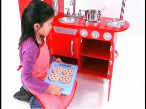Combin de cuisine r tro rouge kidkraft youtube for Kidkraft cuisine retro