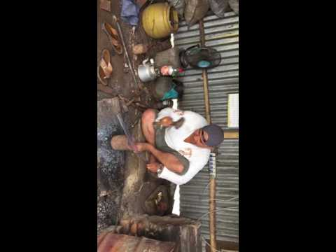 Making Khukuri