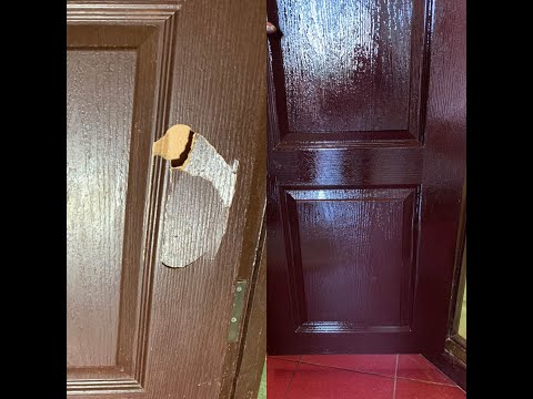 Как починить дырку в двери