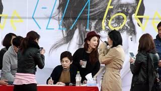 20120324Ella陳嘉樺EP預購簽唱會 -  應Hebe要求  重唱一次NTC (3隻合體) thumbnail